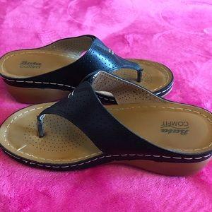 Bata T Strap Wedge Sandals Comfit size 7